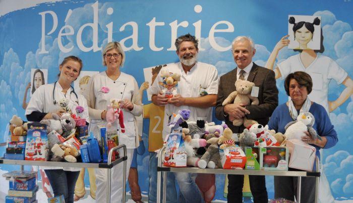 BEAUCOUP DE GENEROSITE AU POLE PARENTS-ENFANTS SAINTE MONIQUE POUR NOËL !